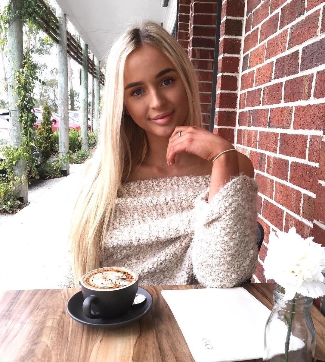 Работа хостес моделью в Харькове